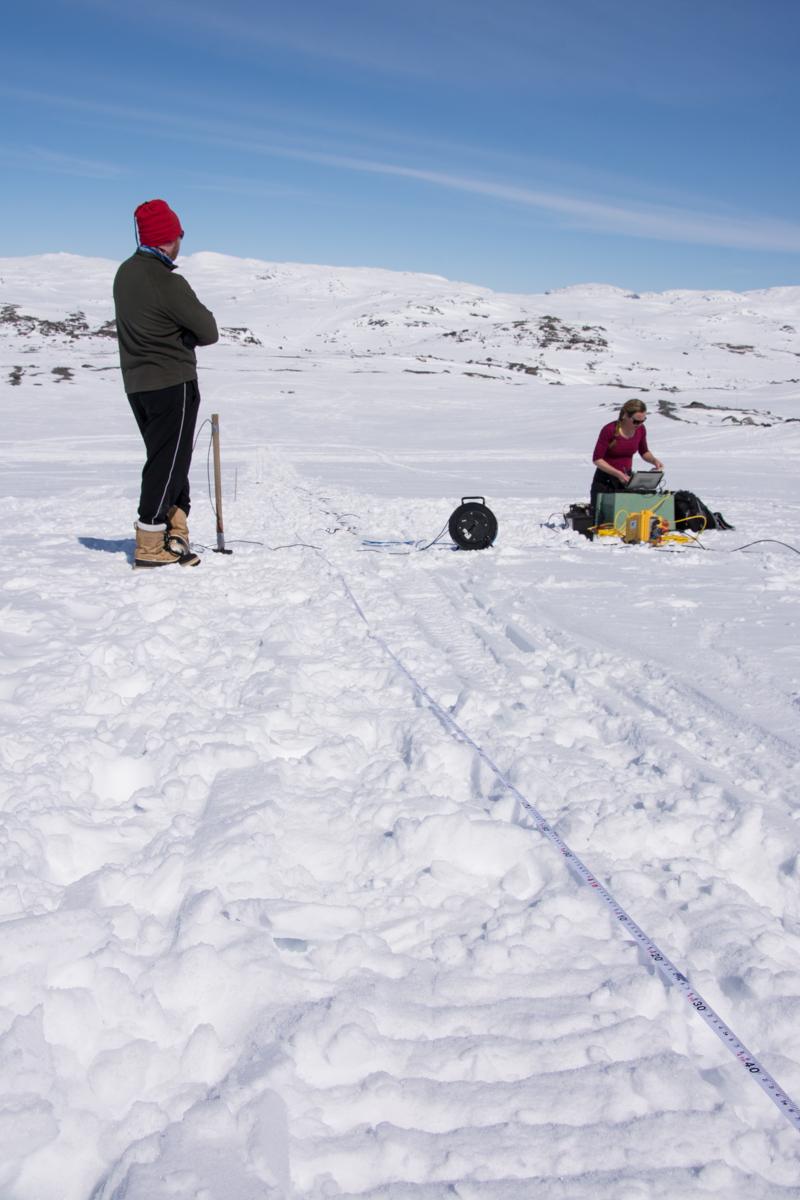 Snømåling på Hardangerjøkulen