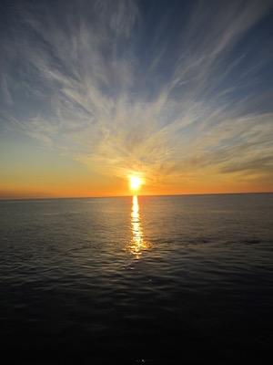 Midnight sun over the Greenland Sea (Photo: Dag Inge Blindheim)